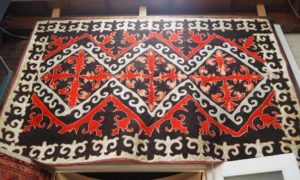 Nomadic Felted floor covering 'TIFTEK'