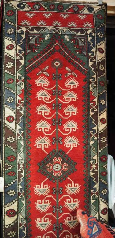 Fine Quality hand made double knotted turkish wool on wool Runner, Antalya Dosemalte. Approximately 20 - 25 years old