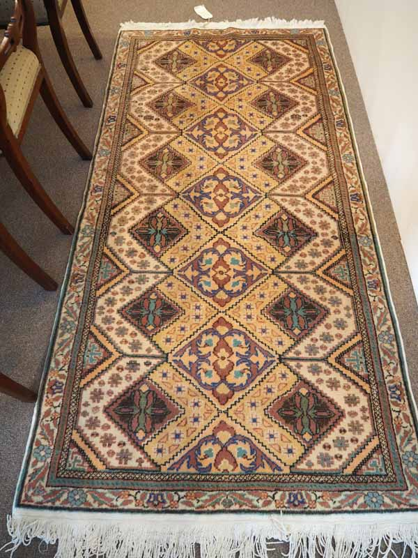 Finely knotted wool on cotton carpet from Kayseri Bunyan. Approximately 50 years old