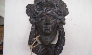 Cast iron antique door knocker homewares