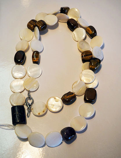 Mother of Pearl, Tiger's eye & Lapis Lazuli Necklace