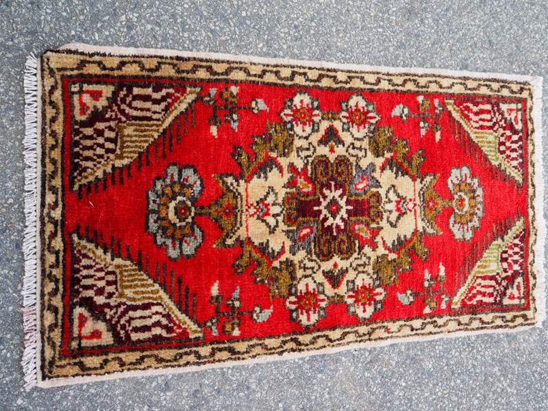 Double knotted hand made wool on wool from Nigde ' Ramshorn border', approximately 30 - 40 years old