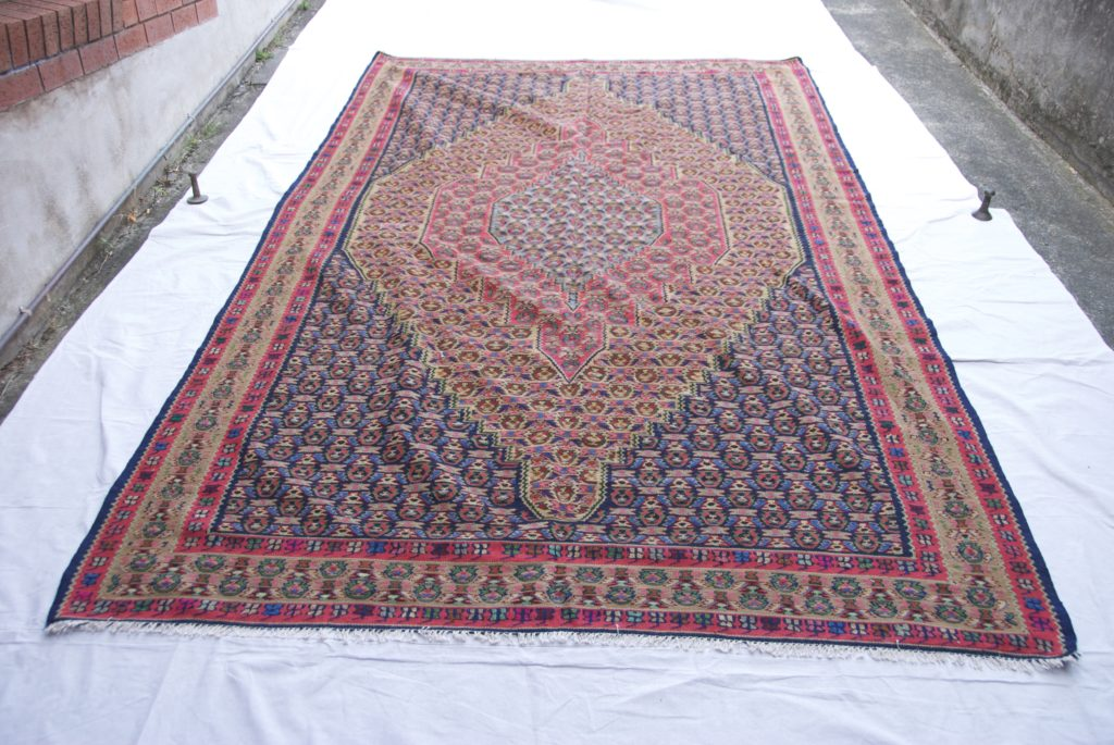 T818 Persian Senneh kilim hand knotted wool on cotton approximately 10-20 years old 3.24 x 1.94 $2,485.00