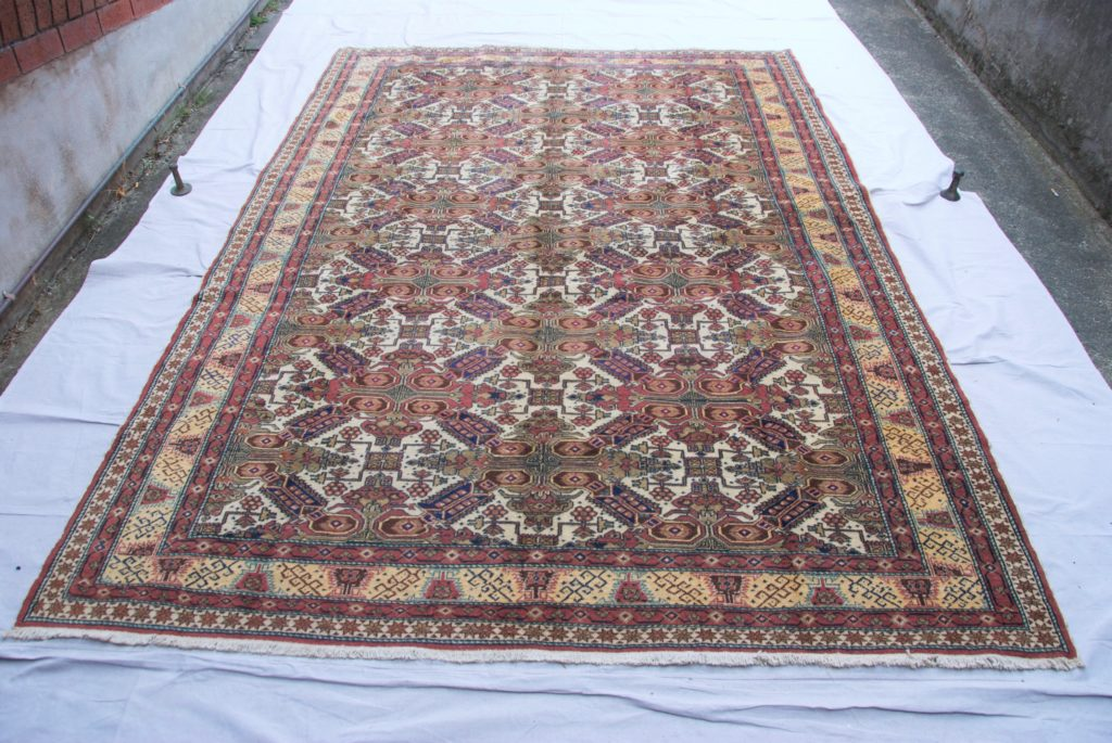 T827 Turkish Kazak design Kayseri hand double knotted wool on cotton carpet approximately 50 years old 2.80 x 2.02 $1,985.00