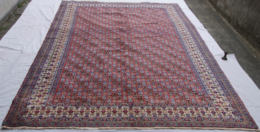 T833 Finely knotted wool on cotton Turkish Kayseri carpet approximately 60 years old 2.96 x 1.95 $2,285.00