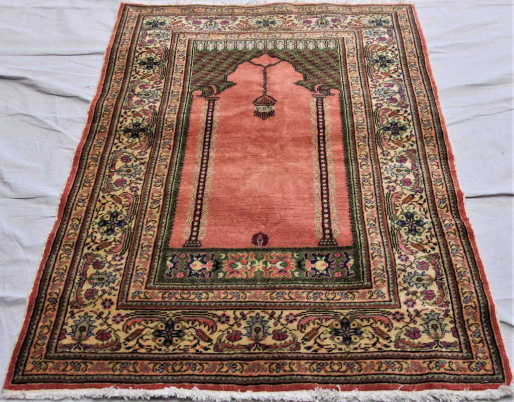 T843 Kayseri double hand knotted wool on cotton carpet approximately 1.34 x 0.92 $595.00