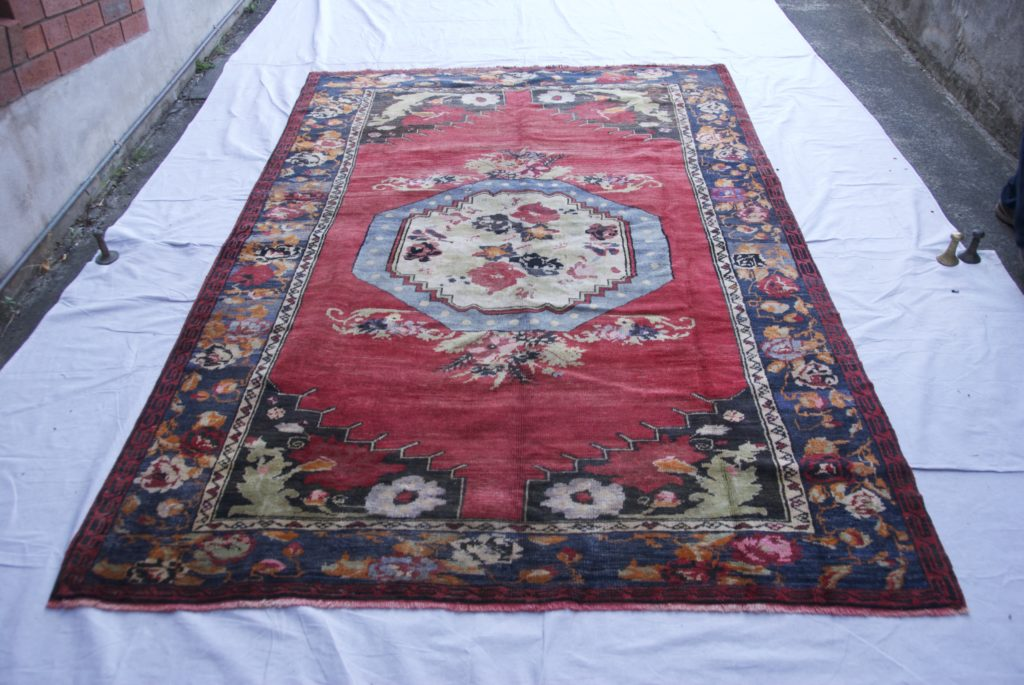 T851 Konya Karapinar hand double knotted wool on wool carpet approximately 60 years old 2.73 x 1.78 $1,985.00