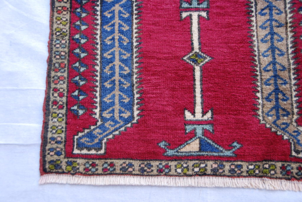Turkish Kayseri hand woven and knotted carpet wool on cotton 40 years old 0.81 x 0.55 $295