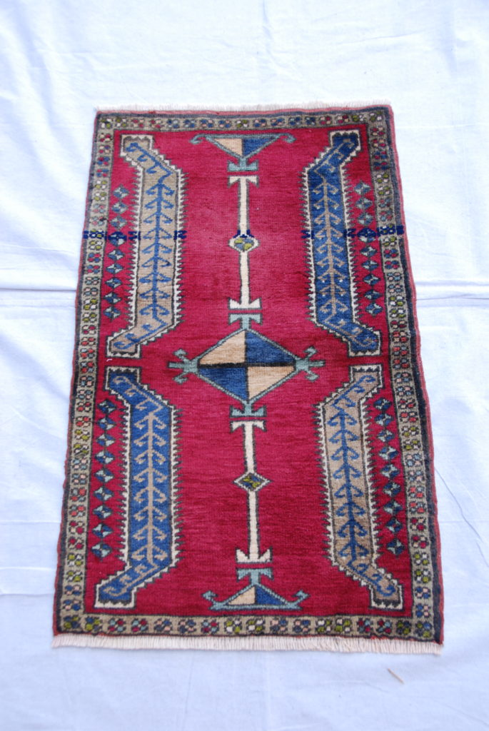 Turkish Kayseri carpet hand woven and knotted wool on cotton 40 years old 0.81 x 0.55 $295